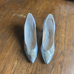 Vintage Marionet | late 1980's wedding pump 8B